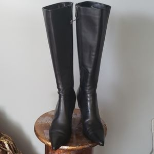 Colin Stuart black pointed toe boots